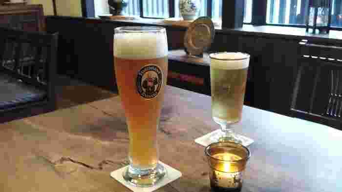 本場のドイツビールも様々な種類が!フルーティーなものやスパイシーなものまで幅広くあります。ドイツワインもたくさん揃っていますよ。もちろんソフトドリンクもいろいろあります。