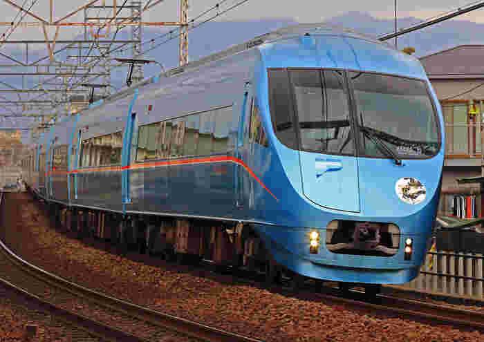 こちらのMSE(60000形)は、2008年3月から運用がはじまったモデル。 休日はこちらの車両で、北千住~箱根湯本間を利用することが出来ます!