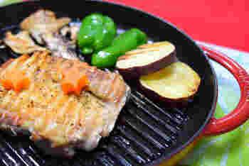 鶏肉もぱりぱりに焼き目をつけることができます。  シンプルなお料理ほど素材の美味しさを感じることができます。