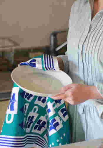 キッチンクロスも素敵なデザインがたくさん♪速乾性と吸水性に優れた優秀アイテム。