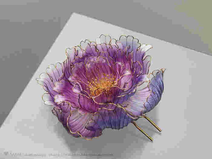 透明で繊細な榮さんの作品をたくさんご紹介させて頂きましたが、ご堪能頂けましたでしょうか。終わりに代えて作品の入手方法をご紹介しますので欲しい!と思った方はご参考にどうぞ。 Photo by MICHIHARU BABA (www.baba-m.com/)
