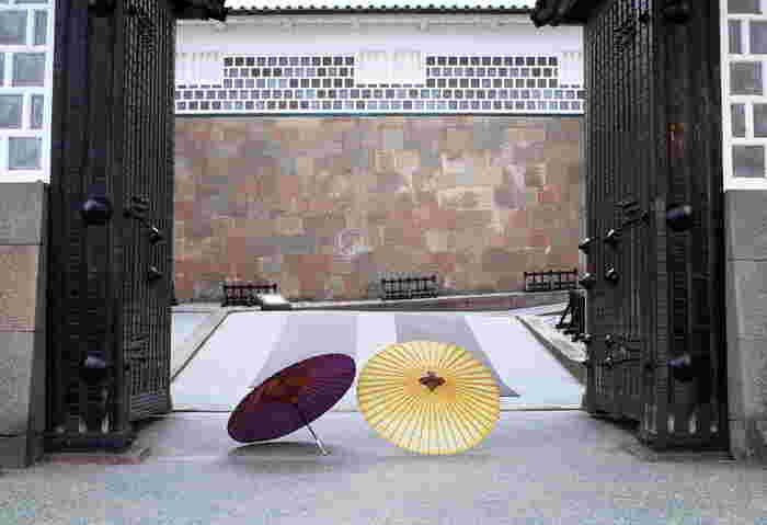 重厚感溢れる佇まいをしている石川門は、1788年に再建されたもので、国の重要文化財に指定されています。