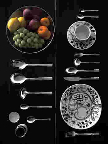 世界的に有名な金属加工の街・新潟燕三条のメーカー「大泉物産」で製造されているから品質も折り紙つき。余計な装飾がないシンプルなデザインのカトラリーは、テーブルに映えます。