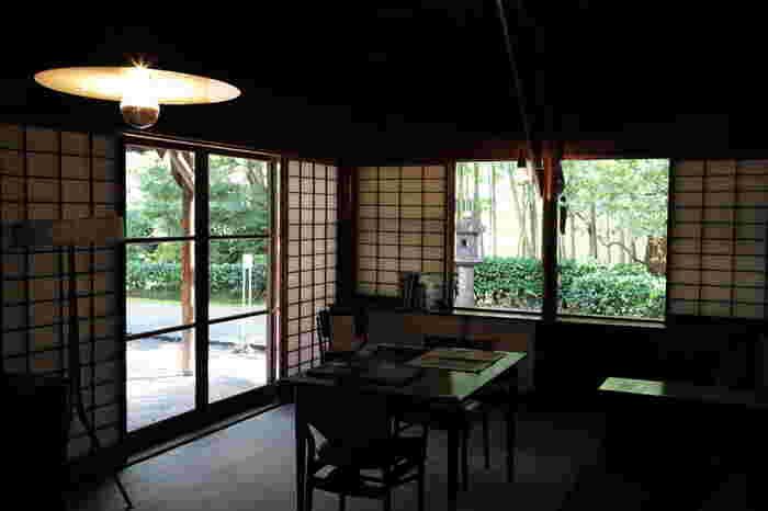 こちらの建物は高崎市出身の実業家で群馬交響楽団の創設などの文化活動をされていた井上房一郎氏(いのうえ ふさいちろう)の自邸として建てられました。