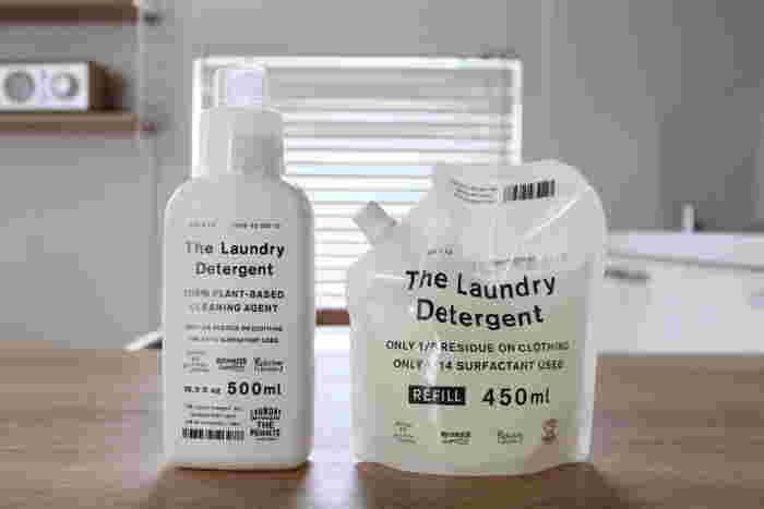 洗濯洗剤もちょっと上質なモノを揃えて新年を迎えたいですね。こちらは「THE」の洗濯洗剤です。毎日の洗濯が楽しくなりそうなオシャレなパッケージですよね。ラベンダー成分を配合しているそうで、洗い上がりもほのかな香りが楽しめそうです。