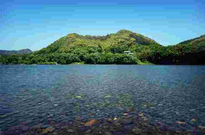清流でもよく知られる、四万十川。 その水面も美しい景観のひとつです。