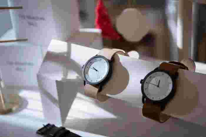 2012年に誕生した「To Wear Everyday(毎日身につけるために)」がコンセプトのスウェーデンの腕時計ブランドであるTID Watches(ティッド ウォッチズ)。TIDはスウェーデン語で「時間」を意味しています。時を経ても変わらない本物の価値あるものづくりを大切にしています。