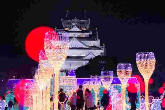大阪城イルミナージュは、大阪のシンボルでもある大阪城の西の丸庭園で開催されるイルミネーションです。