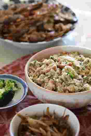 """和食はお好きですか?ユネスコ無形文化遺産にも登録された""""和食""""。健康的で美容にも良いと、世界からも注目されています。素材の持ち味を生かした調理法というのも大きな特徴ですね。"""