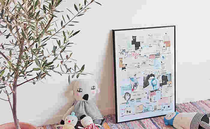 海外のおしゃれママたちから支持されるコペンハーゲン発のブランド、LUCKYBOYSUNDAY(ラッキーボーイサンデー)。いくつものイラストをコラージュしたような不思議なデザイン。ぬいぐるみや人形と一緒に壁に置いて、チャーミングなお部屋を演出してみましょう。