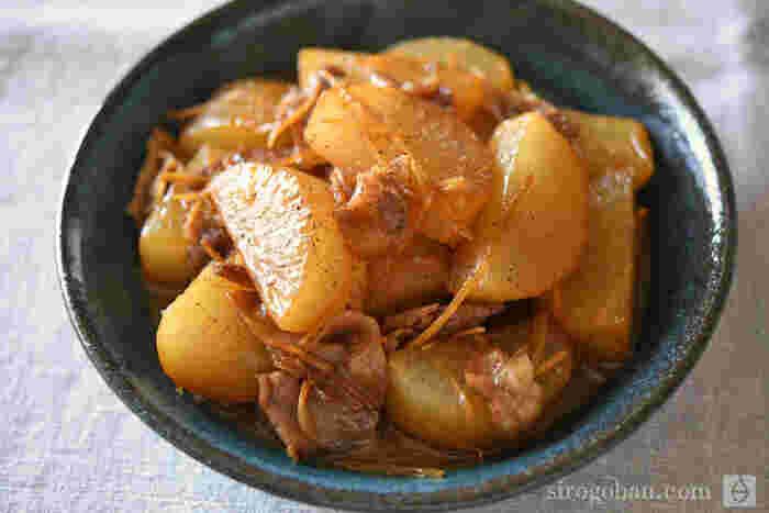 定番の豚バラ大根。豚肉が少なめでもしっかりおいしい、大根多めのヘルシーレシピです。生姜がおいしさの秘訣。香りが食欲をそそります。