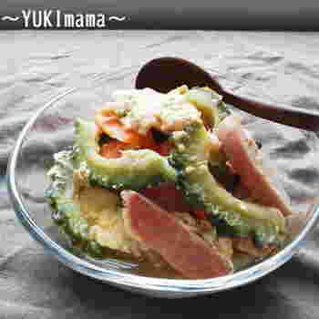 味付けはめんつゆでOK!定番のゴーヤやスパムを使った、簡単レシピ。お豆腐は絹ごし豆腐を使ってあり、出汁の旨味で冷えても美味しいチャンプルーになりますよ。