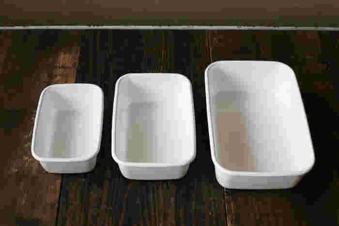 80年以上もの長きにわたり琺瑯製品を作り続ける野田琺瑯のホワイトシリーズは、食材の保存には勿論、オーブンや直火を使った調理、お弁当箱としても使える優秀アイテム。取り分けて食べるプリンを作る時におすすめの容器です。パーティーシーンにも、たっぷりと作れるので、とっても重宝しそう!