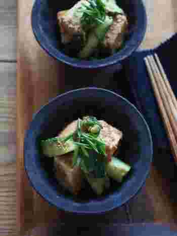 一見、箸休めにちょうど良いさっぱりした和え物風ですが、ピリッとした豆板醤とごま油の香りがきいているので、ご飯のおかずにもピッタリなんです!
