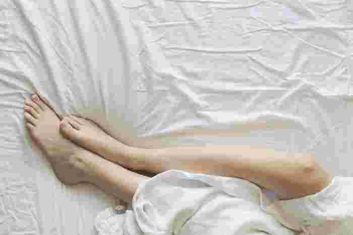 普段立ち仕事をしている人は、脚のマッサージを重点的に行うのもいいですね。クリームを塗って滑りを良くすれば、スキンケアも同時に出来て一石二鳥です。