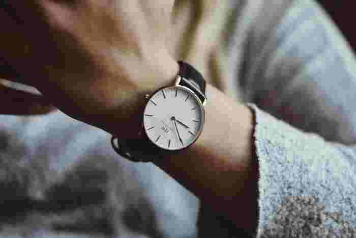 おしゃれもコスパも譲れない!1万円以下で見つける素敵な「腕時計」
