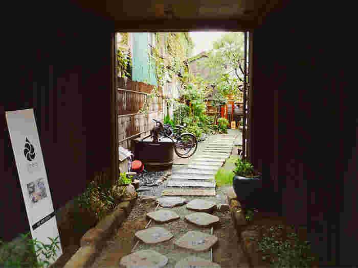 歴史と趣きあふれる古都【鎌倉】で巡る…心がほっと和む「古民家カフェ」6選