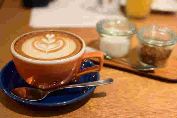 新宿の喫茶店・カフェ24選。レトロな老舗やおしゃれな席で素敵なひと時を