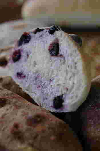 ほかにも、天然酵母を使ったチーズパンやブルーベリーパンなど、シンプルでおいしいパンに出会う伊豆の旅を楽しんでみませんか?