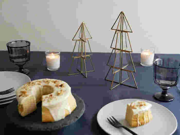 テーブルの上におけばテーブルコーディネートの一部に♡夕食も楽しくなること間違いなしですよ!ご自宅でクリスマスパーティーを開く時などに添えてあげるのもいいですね*サイズも大小あって、サイズ違いで揃えてあげるのもおしゃれですよ◎