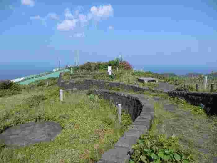 青ヶ島で一番高いところに島の公園「尾山展望公園」はあります。 ここは満点の星空を観れるスポットにもなっています。