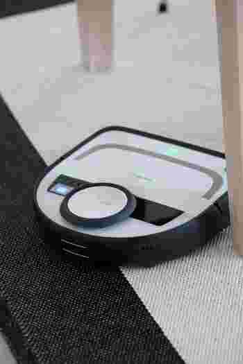 独特のフォルムが美しいコーボルトのロボット掃除機は、ヨーロッパで非常に評価が高い製品です。家具にガツガツ当たらず、スマートにお掃除してくれます。