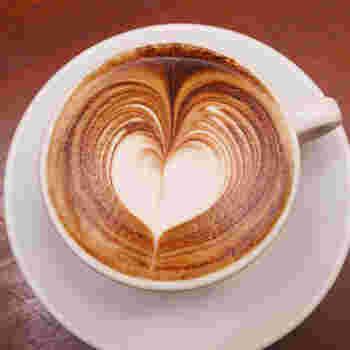"""「豆」「焙煎」「バリスタ」にとことんまでこだわった品質がここにあります。世界チャンピオンから受け継がれた、""""世界一のコーヒー""""をぜひ堪能しに行ってみてください。"""