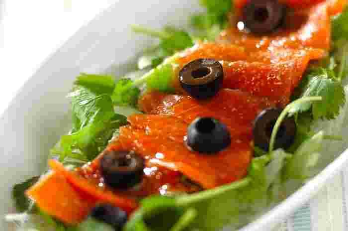 新鮮な魚介を使ったカルパッチョは、じつは日本が発祥。ただ、本場のイタリアでも今、魚介や野菜を使ったものが多くなっているそうです。世界的な刺身ブームの影響だとか。