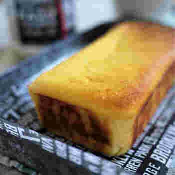 おからのパサッとした感じがなく、しっとりとした食感のチーズケーキ。崩れやすいので、十分冷ましてから切り分けるといいようです。