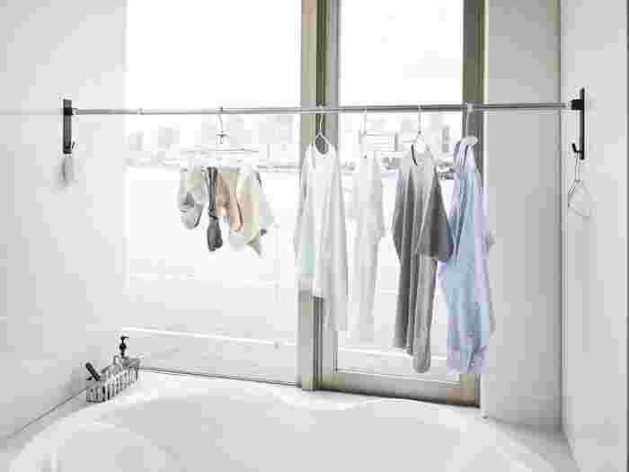 ジメジメ時期の大きな悩みの一つである「洗濯物の臭い」は、洗濯槽の見えない場所にある雑菌やカビが洗濯物に付着することが原因になることも。  そして何より、「キレイ」にしているつもりのお洗濯なのに、実はカビだらけのお水で洗ってるなんて…考えるだけでイヤですよね。