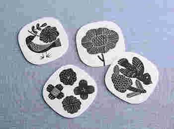 鹿児島睦さんの器を元にマテリアルを変えたらどうなる?というアイデアから生まれたアートディレクター前田景さんのZUAN&ZOKEI by Makoto Kagoshimaのコースターセット。北欧風のモダンなデザインがセンス良く、ちょとしたプレゼントにピッタリです。