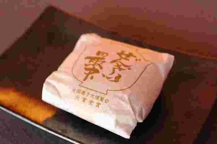 全国菓子大博覧会にて大賞受賞を成し遂げた、いなほ製菓のぜんざい最中。