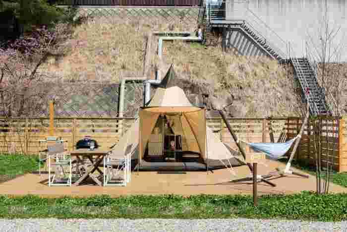 こちらも2017年に新しくできたキャンパーズ・グランピング・ティピです。キャンパーに大変人気の高い、ティピ型のテントに宿泊することができます。