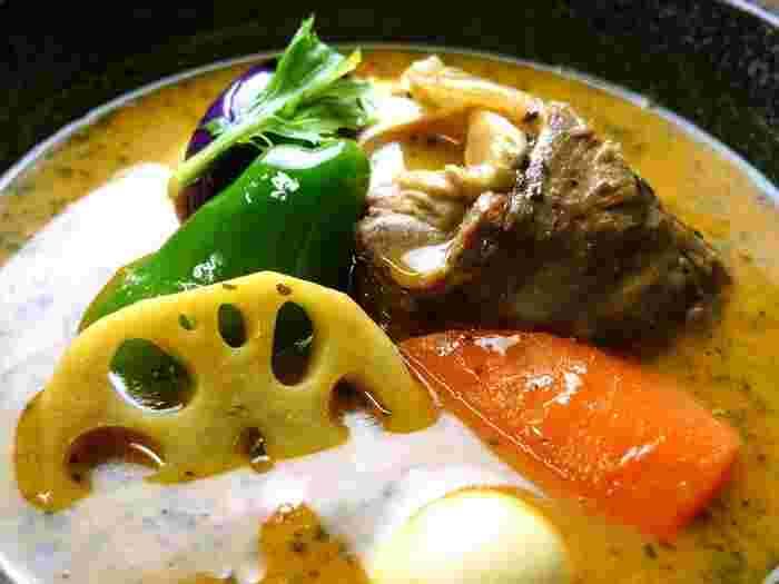 札幌に来たら食べてほしい!地元ライター推薦【スープカレーの名店】12店!