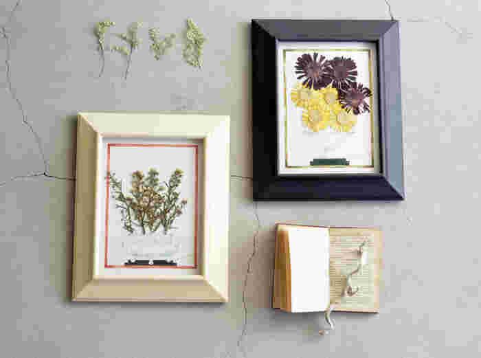 一回り小さいsmallもさりげなくて素敵。どちらのサイズも額縁の裏側に紐が付いているため、壁掛けでも楽しむことができます。 平面の水彩画と立体感のある押し花が織り成す繊細な美しさ。インテリアとして飾るだけで、空間に華やかさとアート性をプラスしてくれます。
