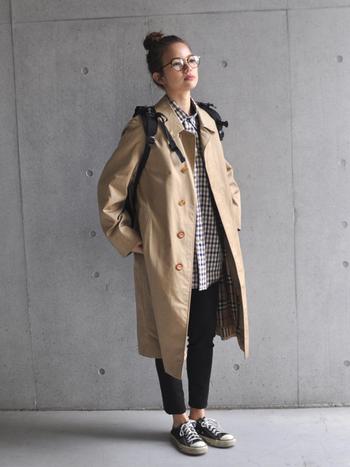 シンプルコーデだからこそ、コートの上質さが際立ちます。