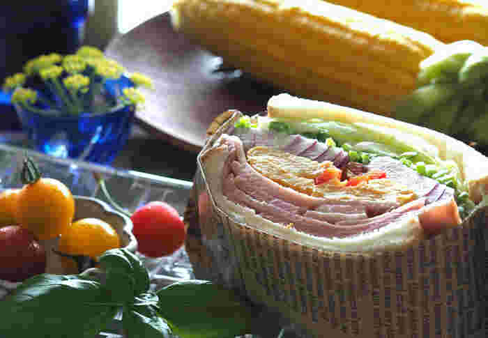 SNSで話題の「萌え断」サンドウィッチを手作りしてランチに食べちゃうのがメインの旅。フォトジェニックな「萌え断」に、お友達の反応が楽しみですね。「やきいもミュージアム」を訪ねて、焼芋や大学芋の試食もできちゃう、女子に嬉しいツアーです。  ※こちらの画像は、萌え断サンドイッチのイメージ です。