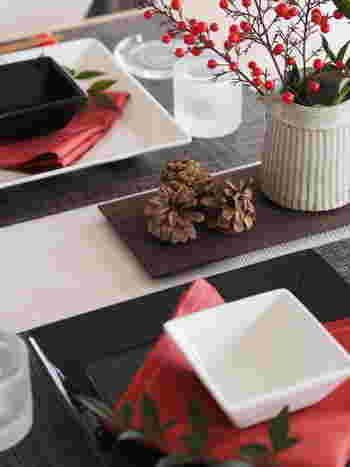 クリスマスと同じようにお正月レシピやテーブルコーディネートも事前準備を。とくにお正月用品は販売期間が短いので、下調べしておき購入や予約をしておきましょう。