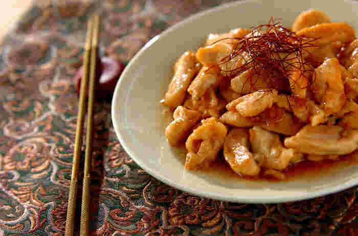 鶏むね肉に、下味とタレをしっかりとからめたお手軽レシピ。