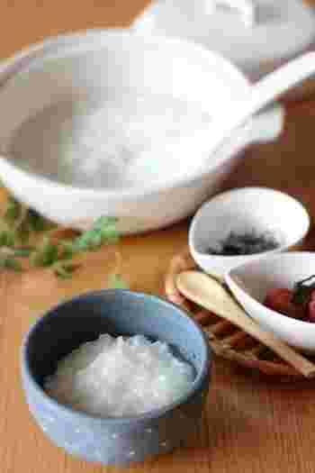 体の芯まで染み渡る、優しいおかゆ。今回は体調に関係なく食べたくなっちゃう、おいしいおかゆレシピをご紹介します。