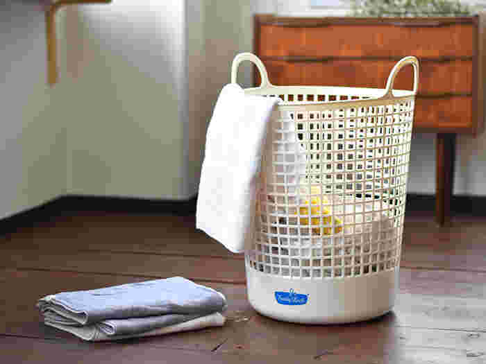 こちらのビッグタイプは大容量の深型バスケットなので、家族全員の洗濯物をまとめるのに便利です。おしゃれなデザインと実用性を兼ね備えたフレディ・レックの洗濯カゴで、サニタリールームを素敵に演出してみませんか?