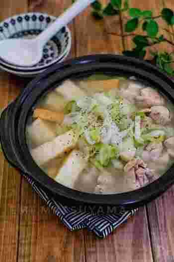 材料は、厚揚げとネギと鶏もも肉の3種のみ。重くなく、かといって物足りなくなく、適度なボリュームで満足できるスープです。酸っぱさがクセになりそう。