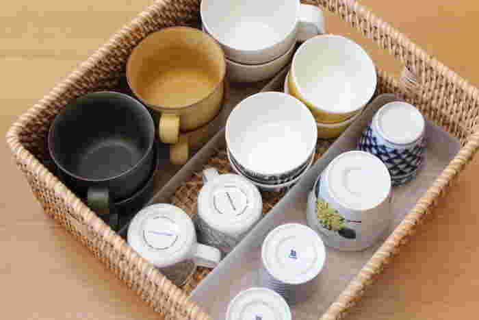 ブロガーさんのようにバスケット内を無印良品の「ポリプロピレン整理ボックス」で仕切ると、スープカップや湯吞など、器の種類ごとに整理できてとっても便利です。整理ボックスも様々なサイズがあるので、器に合わせてぴったりのものを選んでみてはいかがでしょうか。