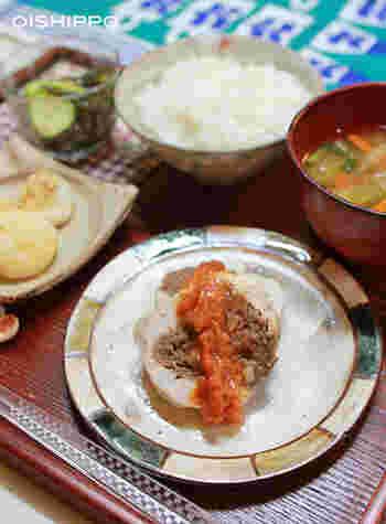 ケチャップソースの塩分を醤油麹で!ミートローフのひき肉にも醤油麹がねりこんであります。