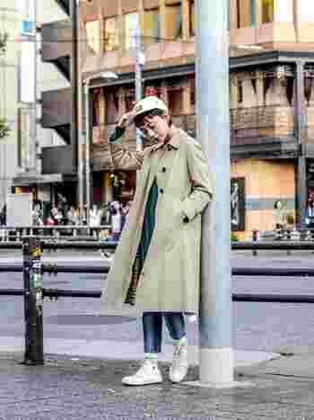 今年は様々なコートが流行のようですね! そこでよく耳にするステンカラーコート。 名前はたびたび聞くけど、「ステンカラーって一体ナニ?」って人も実は多いのでは?