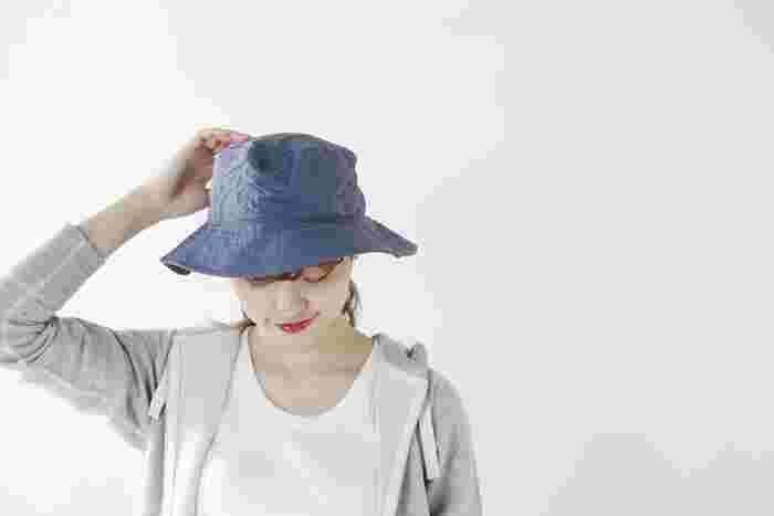 男女問わず人気のアウトドアブランド「patagonia(パタゴニア)」から届いた、旅行やアウトドアにぴったりのハット。軽量でコンパクトなハットは一日中被っていても快適に過ごせます。UV効果だけでなく速乾性も兼ね備えているので、急な雨でも安心!