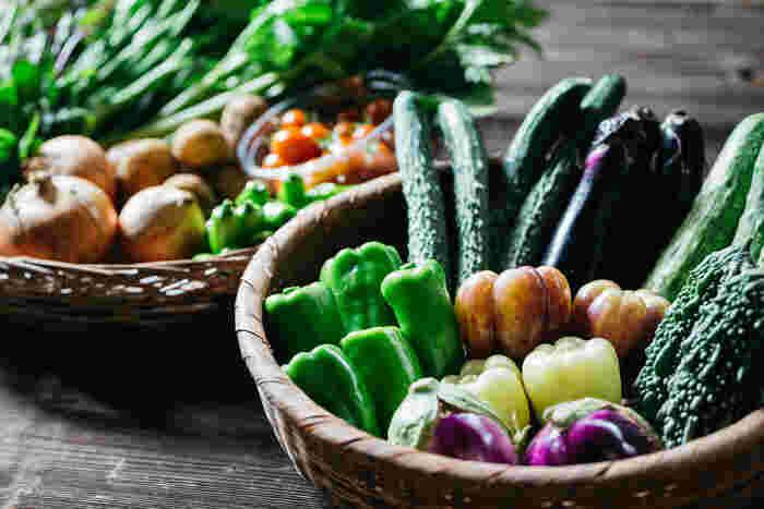 野菜本来の風味を大切にしながら作られている野菜は、年間200種類以上。同じお野菜でも様々な品種を楽しめ、季節を感じる野菜は飽きずに毎回何が届くのか楽しみで、これまであまり購入したことがない野菜の美味しさを発見できそう。