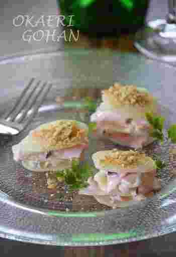 マスカルポーネチーズをクリーム仕立てにして、トッピングには砕いたクラッカーを。ホームパーティーのお洒落な前菜に覚えておきたいひと品です。