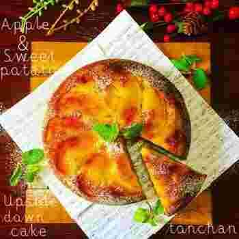 レンジなどにかけて下ごしらえしたフルーツやおいもなどを炊飯器に並べ、あとの材料を入れたらスイッチオン!とっても簡単な作り方です。