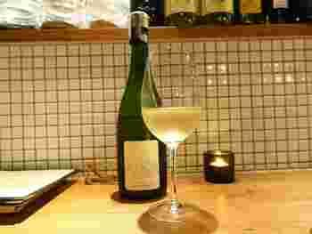 オリジナルラベルがかわいらしい自家製ワイン。自家製ワインに使われているのは、関東各地で生産されたブドウだそうです。